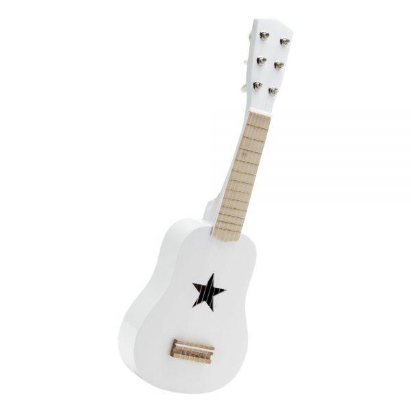 guitare en bois blanche